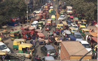 Raconte-moi un terrain: L'exposition des cyclistes à la pollution atmosphérique à New Delhi (Inde)