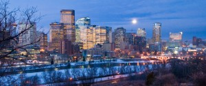 Calgary, Alberta skyline in the predawn looking southwest from the hill below 1st Ave NW. Photo by Chuck Szmurlo, 2007. CC BY 2.5
