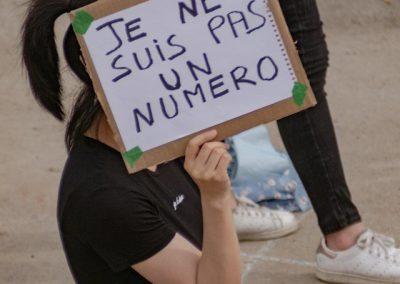 Des étudiant.es qui manifestent contre la réforme du PEQ en été 2020